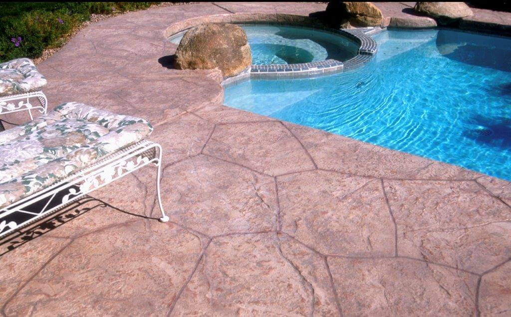Decorative pool deck concrete